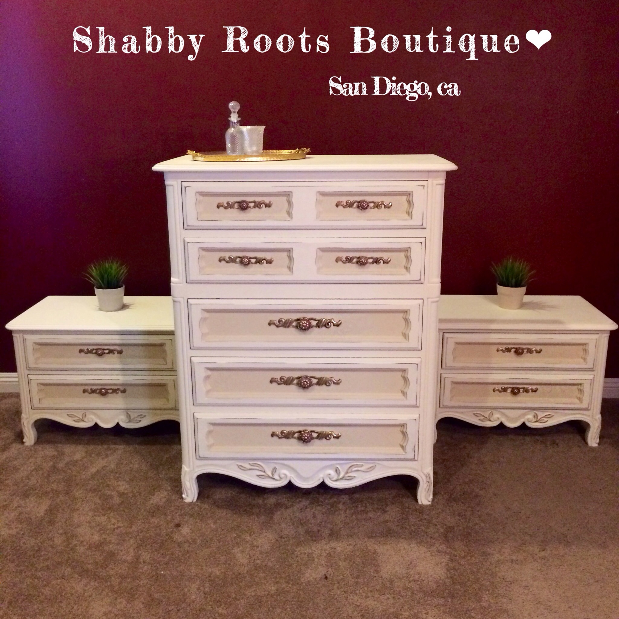 Drexel Vintage Dresser And Matching Night Stands Shabby
