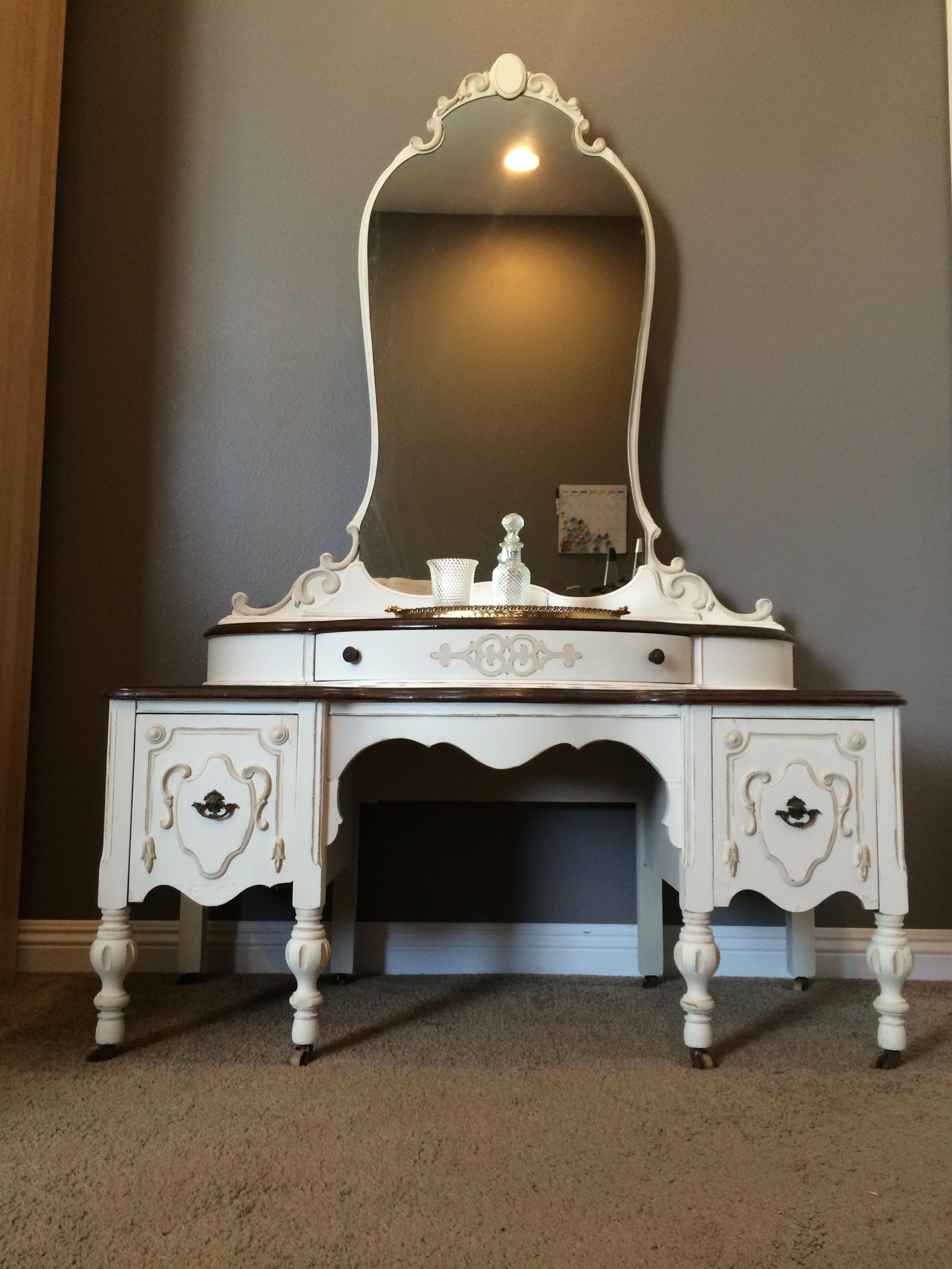 1930 S Victorian Baroque Revival Vanity Dresser Shabby