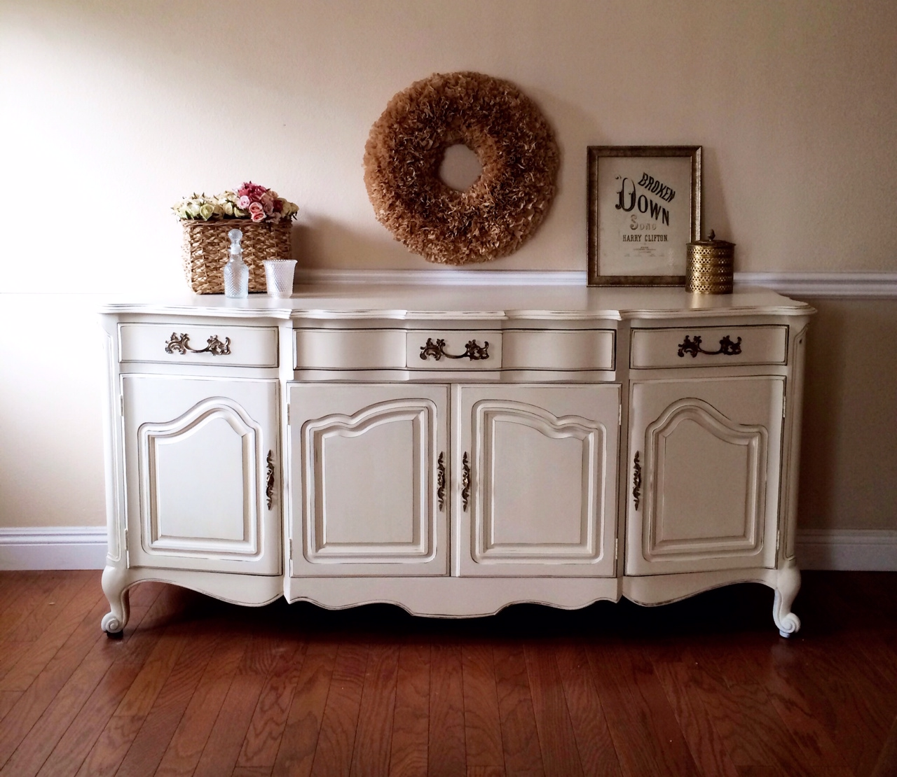 white shabby chic french buffet shabby roots boutique. Black Bedroom Furniture Sets. Home Design Ideas